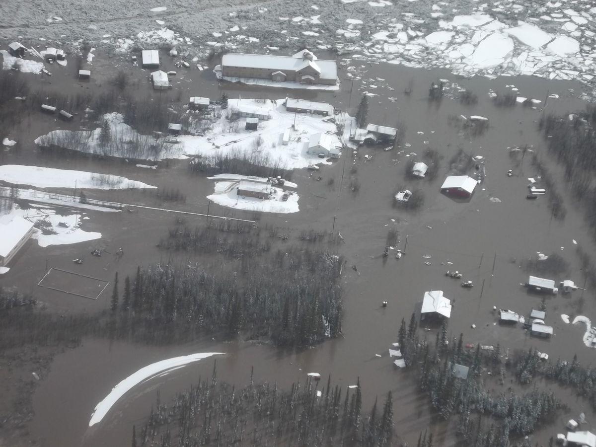 Photos Yukon River Breakup Floods Alaska Villages