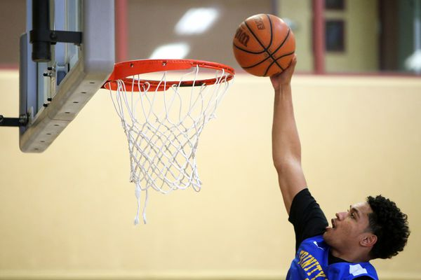 Trinity International junior Daishen Nix dunks the ball during a practice at the Bill and Lillie Heinrich YMCA in Las Vegas, Monday, April 1, 2019. (Caroline Brehman/Las Vegas Review-Journal)