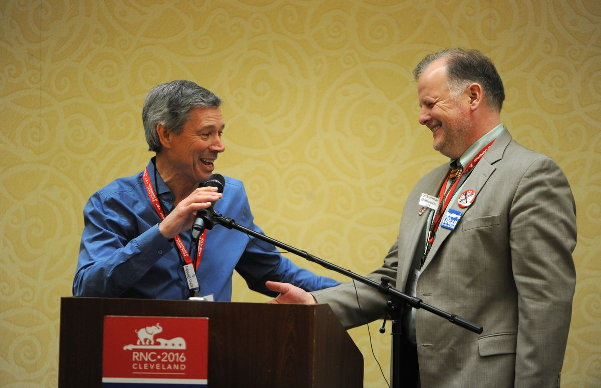 John Binkley, left, and Tuckerman Babcock at the 2018 Republican state convention in Anchorage. Binkley has been named to the state's redistricting board. (Bob Hallinen / ADN file)