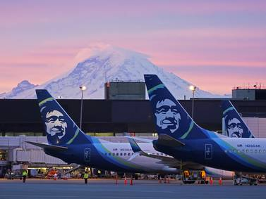 Alaska Air Group turns its first profit since 2019 unaided by pandemic grants