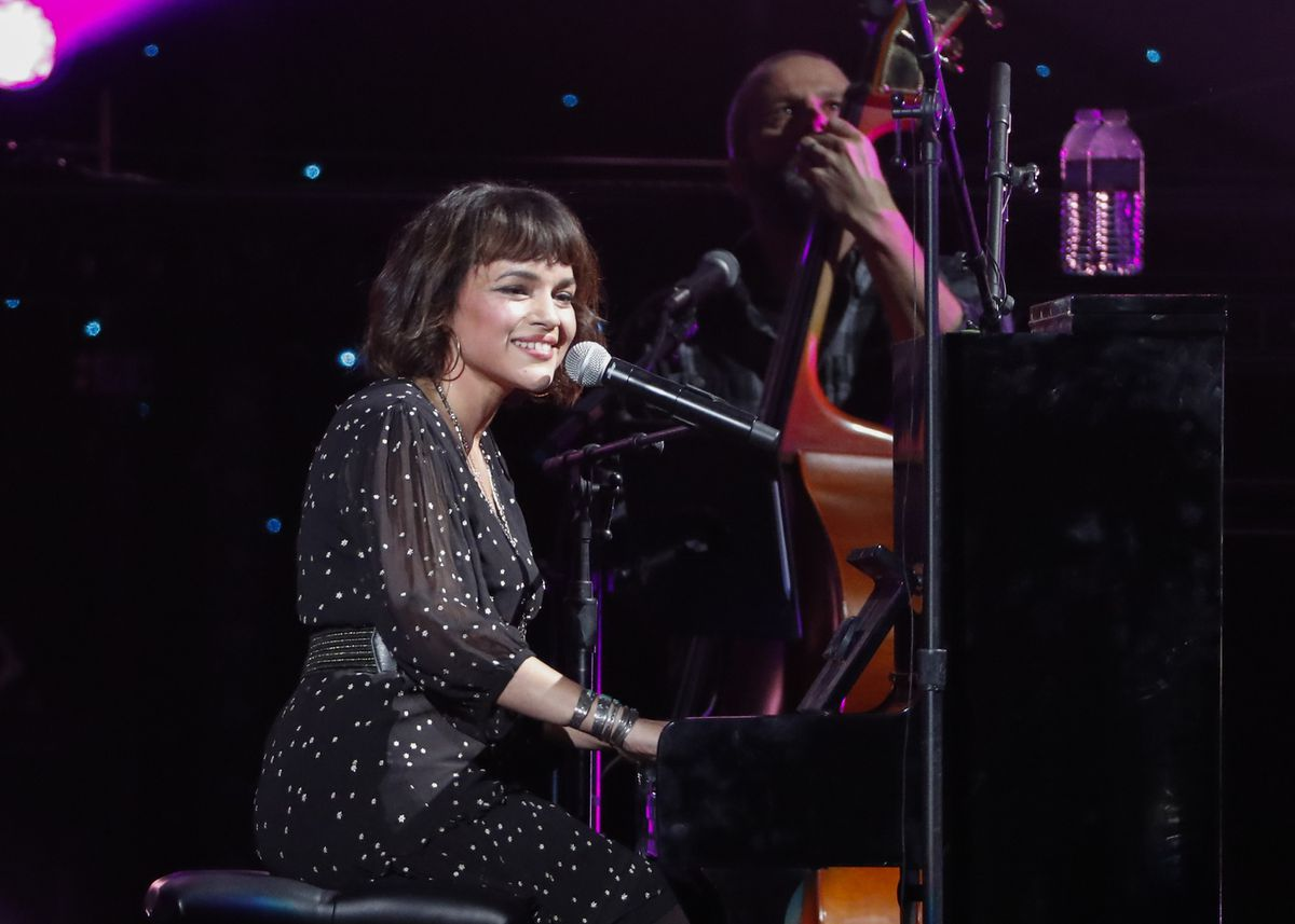 Norah Jones performs at Willie: Life & Songs Of An American Outlaw at Bridgestone Arena on Saturday, Jan. 12, 2019, in Nashville, Tenn. (Photo by Al Wagner/Invision/AP)
