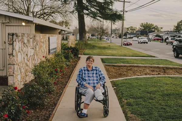 Deborah Zwaschka-Blansfield, an amputee in need of physical therapy who got a notice from her nursing home that she was about to be discharged, in Marysville, Calif., Jan. 31, 2018. While nursing homes can discharge residents for a limited set of reasons, legal advocates say that operators sometimes interpret those reasons in unjustified ways. Complaints have prompted federal regulators to look for ways to step up enforcement of federal laws that protect nursing home residents. (Justin Kaneps/The New York Times)