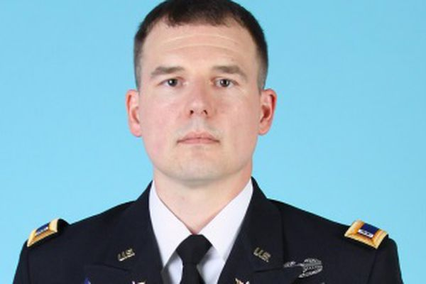 U.S. Army Chief Warrant Officer Jacob M. Sims, 36, of Juneau was killed in a helicopter crash in Afghanistan on Friday, Oct. 27, 2017. (Photo courtesy U.S. Department of Defense)