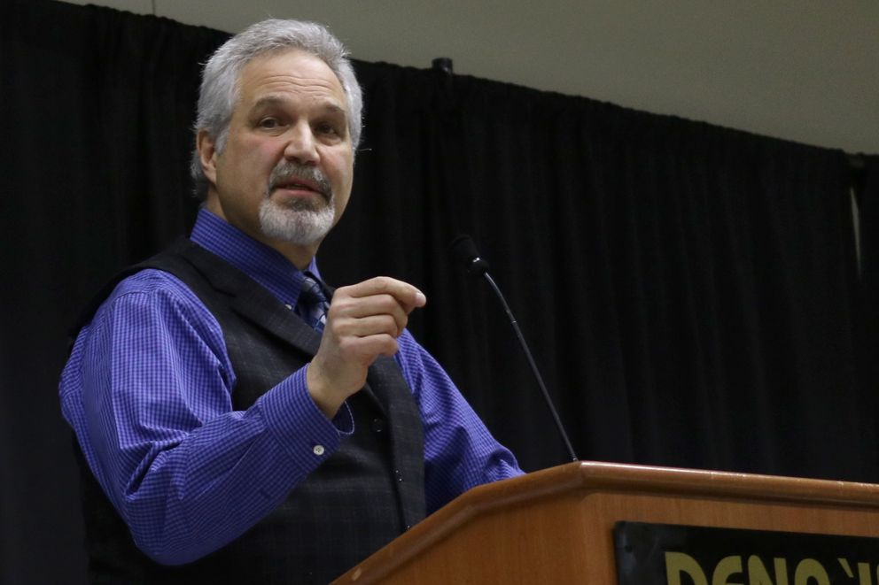 Alaska Senate President Pete Kelly, R-Fairbanks, speaks at a January event in Anchorage. (Nathaniel Herz / ADN)
