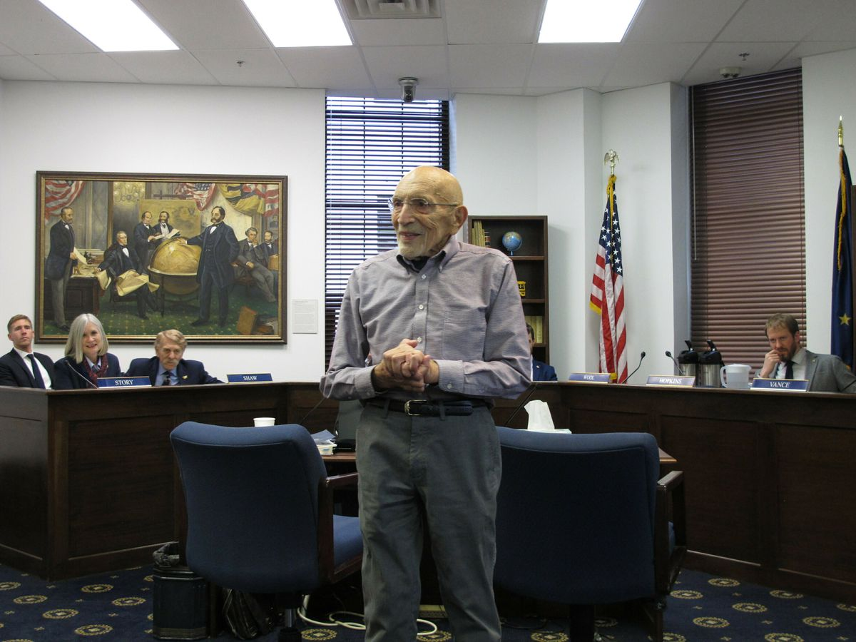 Victor Fischer, the last surviving delegate of the Alaska Constitutional Convention, addresses members of the audience after giving testimony to a state House committee on Tuesday in Juneau. Fischer spoke about changes to the state Constitution proposed by Gov. Mike Dunleavy. (AP Photo/Becky Bohrer)