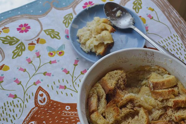 Old fashioned bread pudding. (Photo by Victoria Petersen)