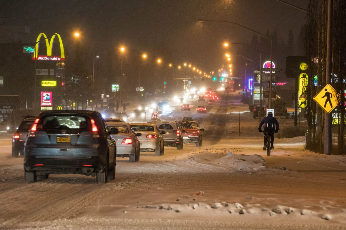 Snow Expected To Continue For Several Hours In Anchorage