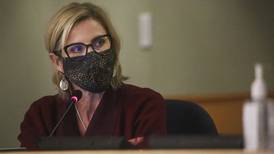 Anchorage schools superintendent stands firm on mask policy following criticism from mayor