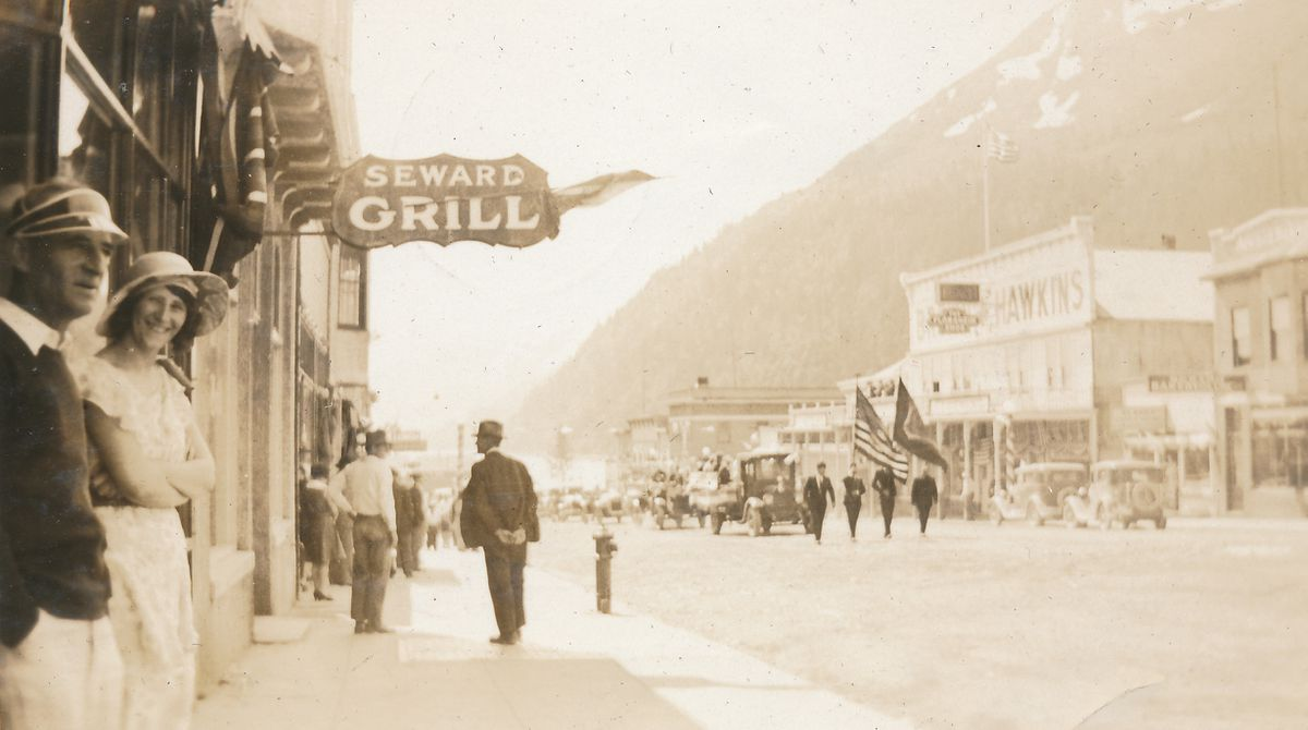 Downtown Seward shortly after noon on July 4, 1931. (Doug Capra collection)