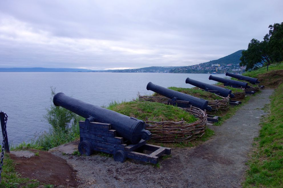 Replicas of cannons used to repel Anglo-French attacks on PK in 1854. (Scott McMurren)