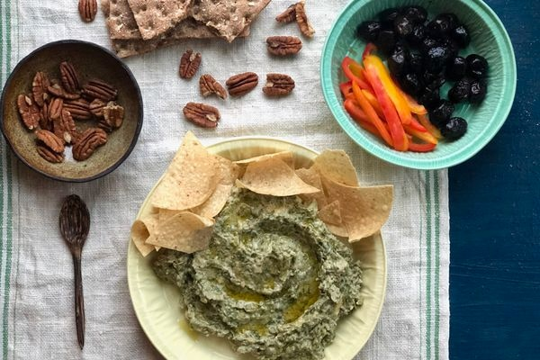 Caramelized onion-winter greens dip (Photo by Kim Sunée)
