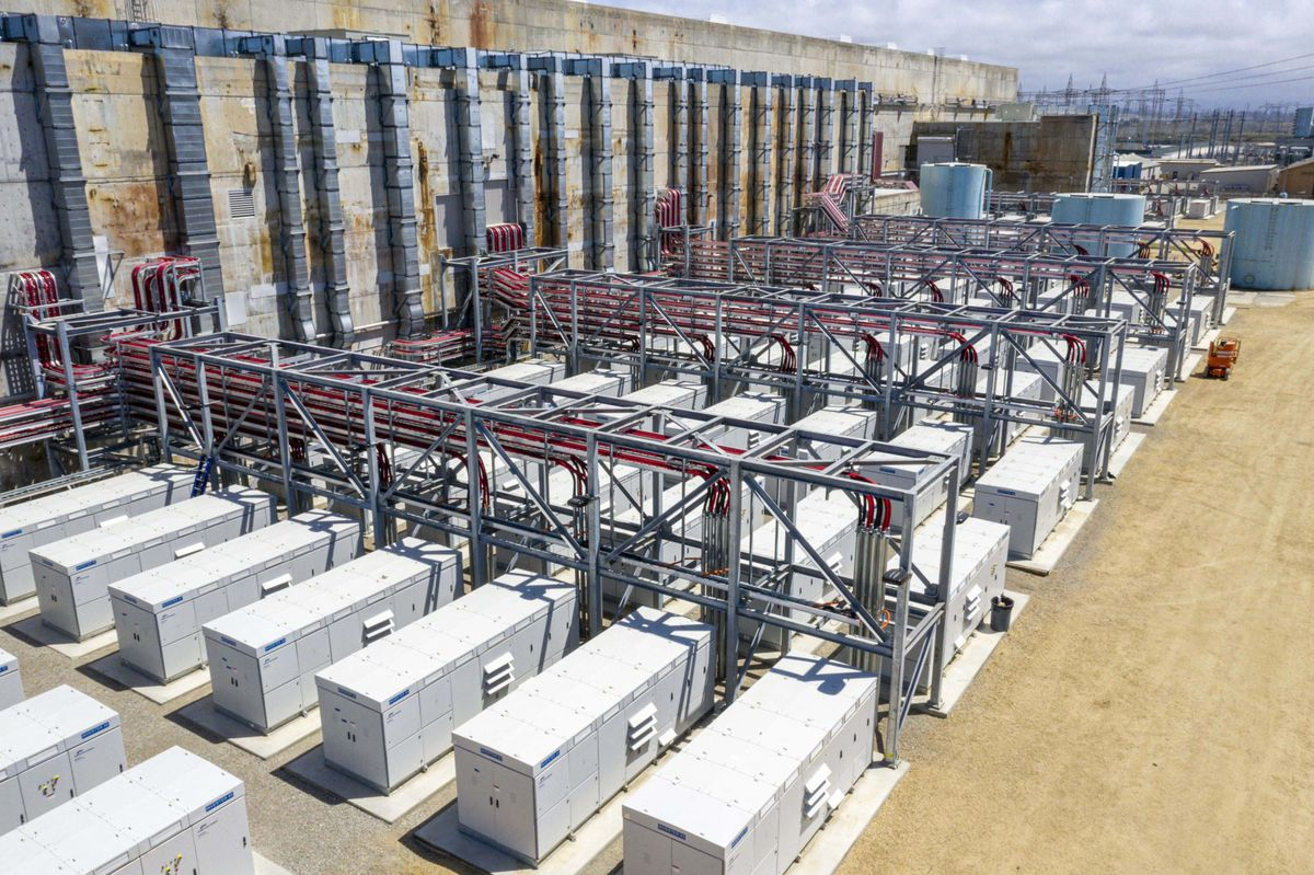 The Vistra Corp. Energy Storage Facility in Moss Landing, Calif., on April 20, 21. Bloomberg photo by David Paul Morris.