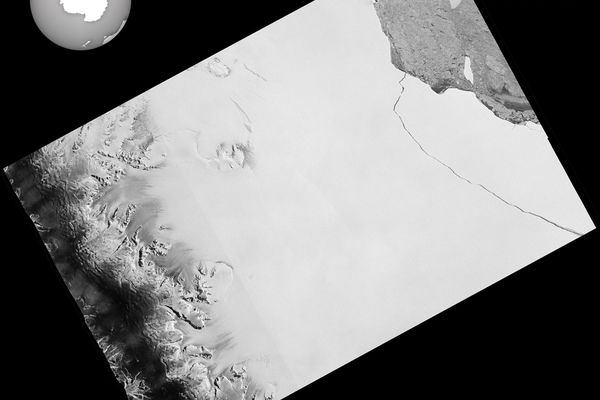 The one trillion tonne iceberg, measuring 5,800 square km, calved away from the Larsen C Ice Shelf in Antarctica, in an image taken July 12, 2017. REUTERS/via European Space Agency