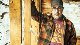 From alt-rock to outlaw country, Aaron Lewis shares struggles amid success
