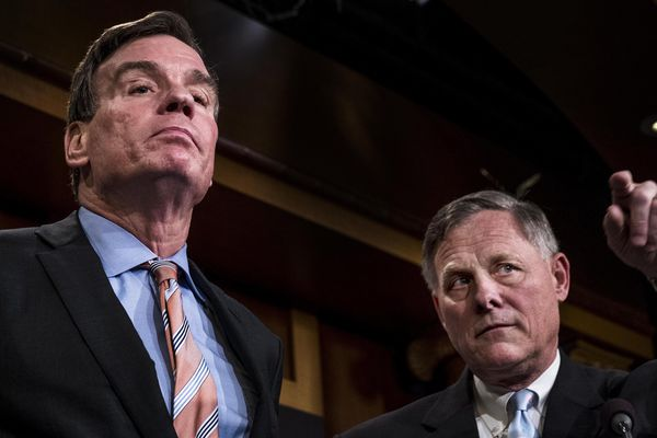 Senate Intelligence Committee Vice Chairman Mark Warner, D-Va., left, and committee Chairman Richard Burr, R-N.C., right, speak during a March 2017 news conference on Capitol Hill. MUST CREDIT: Washington Post photo by Melina Mara