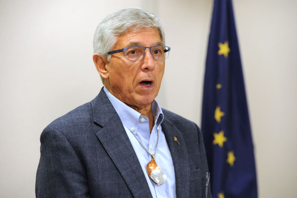 Lt. Gov. Byron Mallott spoke at a press conference in Anchorage on Monday, July 10, 2017. (Bill Roth / Alaska Dispatch News)