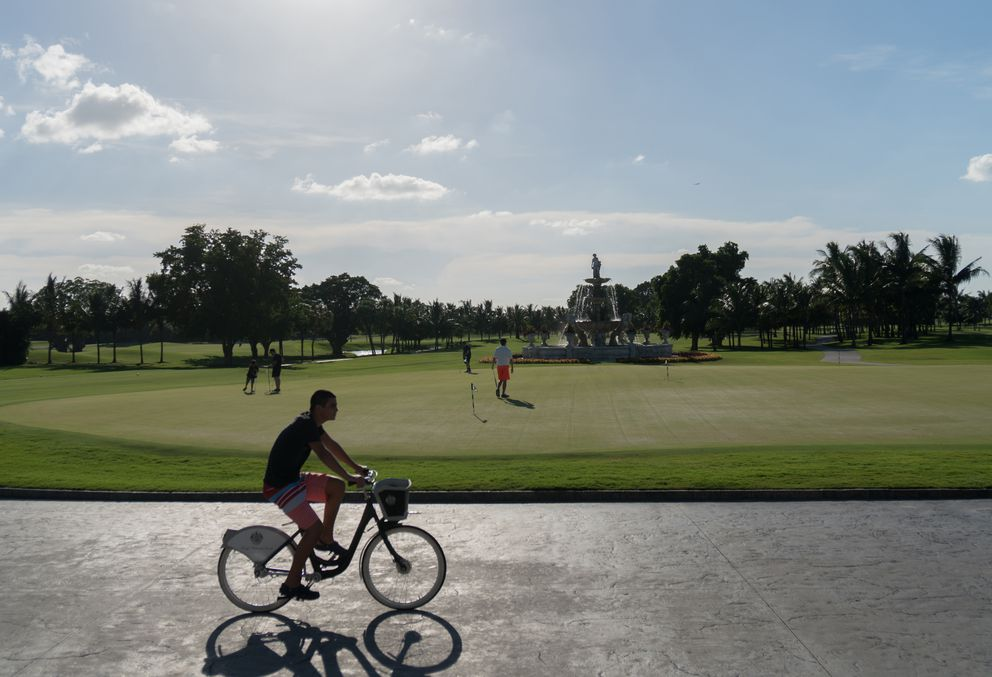 Putting green at Trump Doral. (Photo by Angel Valentin for The Washington Post)