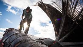 Nuiqsut and Kaktovik crews land whales as fall hunt begins on North Slope
