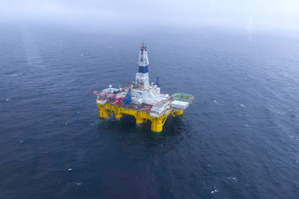 Shell Oil's drilling rig Polar Pioneer operates in the Chukchi Sea off the Northwest Alaska coast in 2015. (Shell photo)