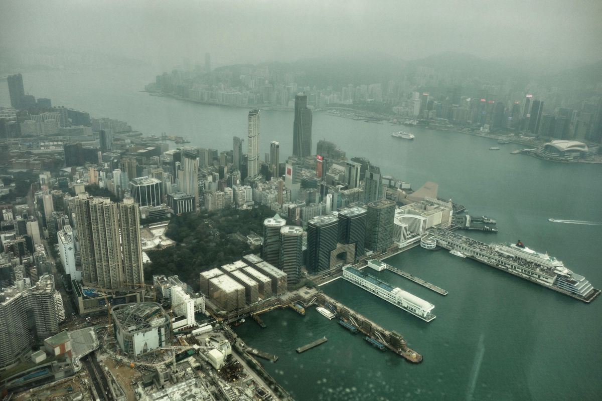 The view from the 118th floor of the Ritz Carlton hotel in Hong Kong. (Photo by Scott McMurren)