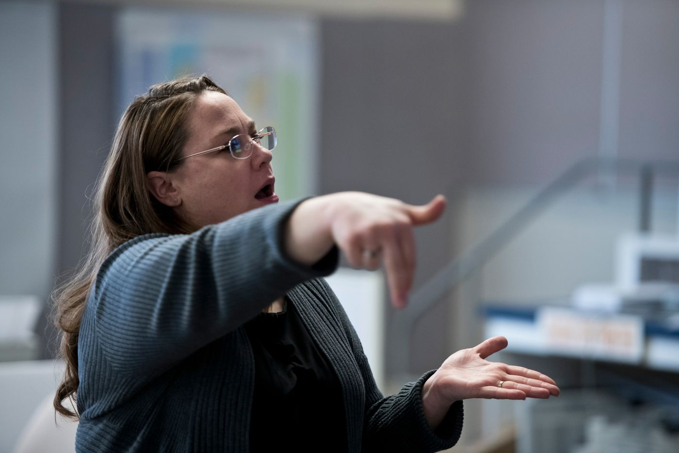 Sign language interpreter Lisa Holton works with her colleagues during a community briefing from Anchorage Mayor Ethan Berkowitz on April 8, 2020. (Marc Lester / ADN)