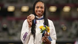 Allyson Felix breaks record for most US Olympic track medals, surpassing Carl Lewis
