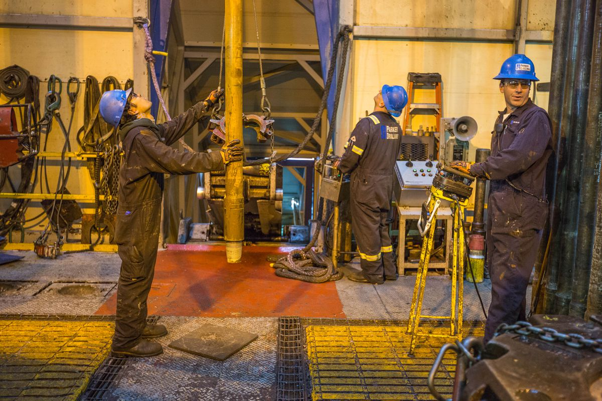 Roughnecks work on BP's Parker Rig 272, which is drilling into the Lisburne Reservoir at drill site L3 in Prudhoe Bay on May 22, 2015. (Loren Holmes / ADN)