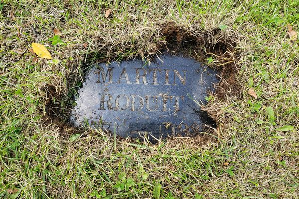 Grave marker for Martin Roduit at Anchorage Memorial Park Cemetery (died 1937). (Photo by David Reamer)