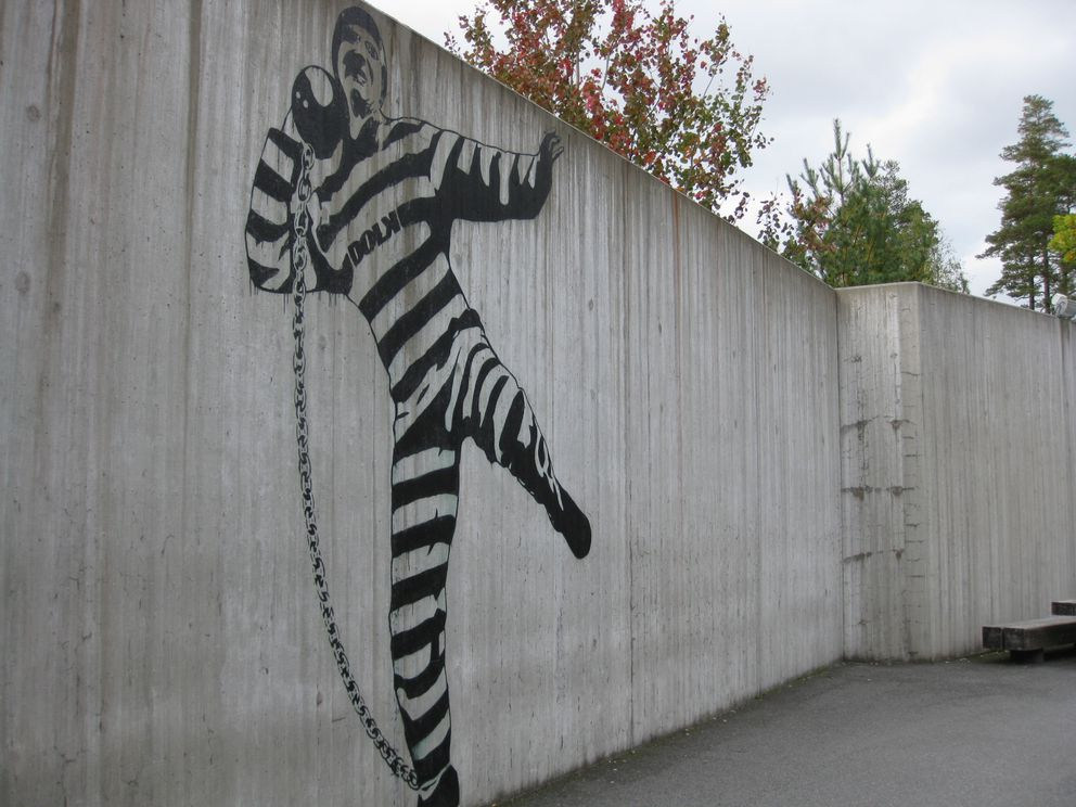 A wall in the Halden Prison courtyard is painted by Dolk, a famous Norwegian artist. (Criminal Justice & Health Program at UCSF)