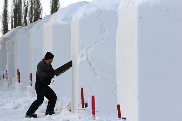 Michael Selden began work on his Rondy snow sculpture