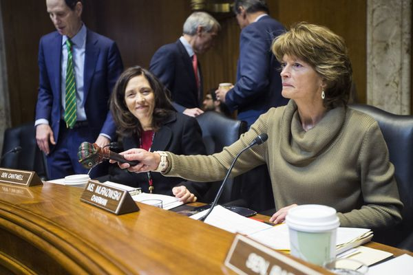 Sen. Lisa Murkowski (R-Alaska), chair of the Senate Energy and Natural Resources Committee, leads a hearing on the Keystone XL pipeline, in Washington, Jan. 8, 2015. The committee's approval of the pipeline bill moved the new Republican Congress one step closer to a clash with President Barack Obama, who has said he will veto it. From left: Sens. Ron Wyden (D-Ore.), Maria Cantwell (D-Wash.) and Murkowski. (Jabin Botsford/The New York Times)
