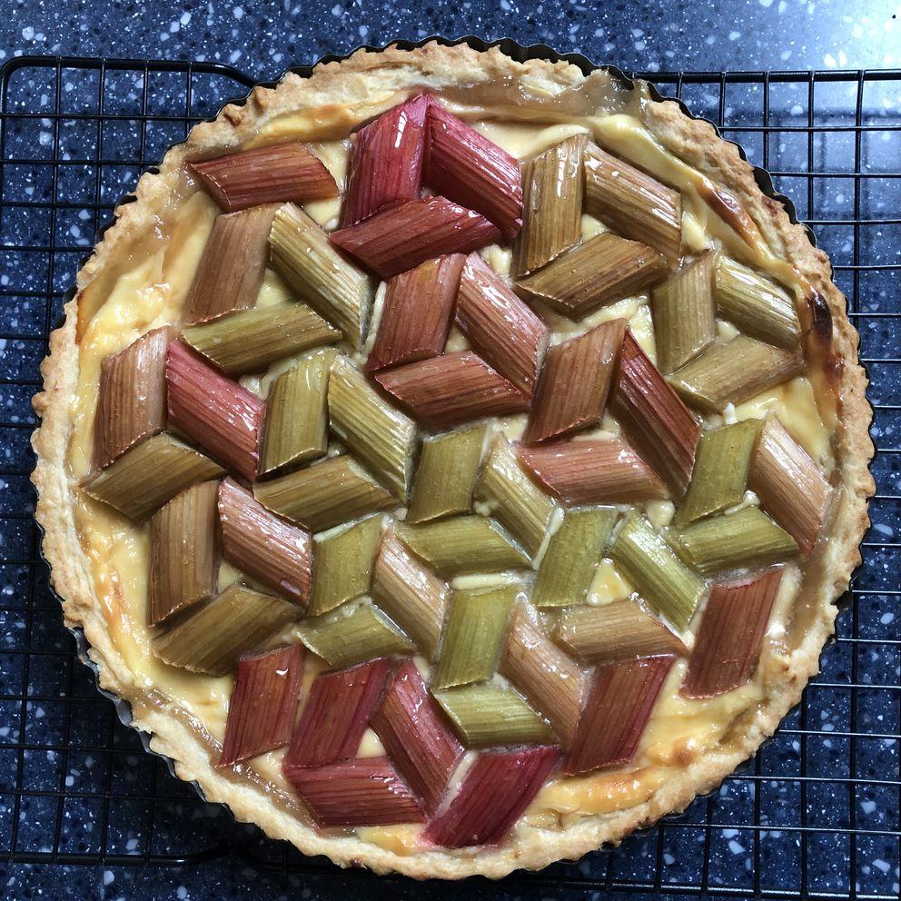 Geometric rhubarb pie from the top. (Julia O'Malley/ADN)