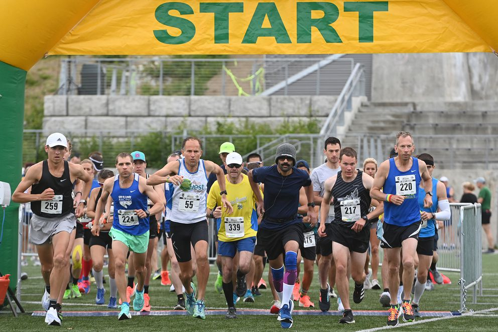 Elite runners leave the start of the Anchorage Mayor's Marathon at Kincaid Park. (Bill Roth / ADN)