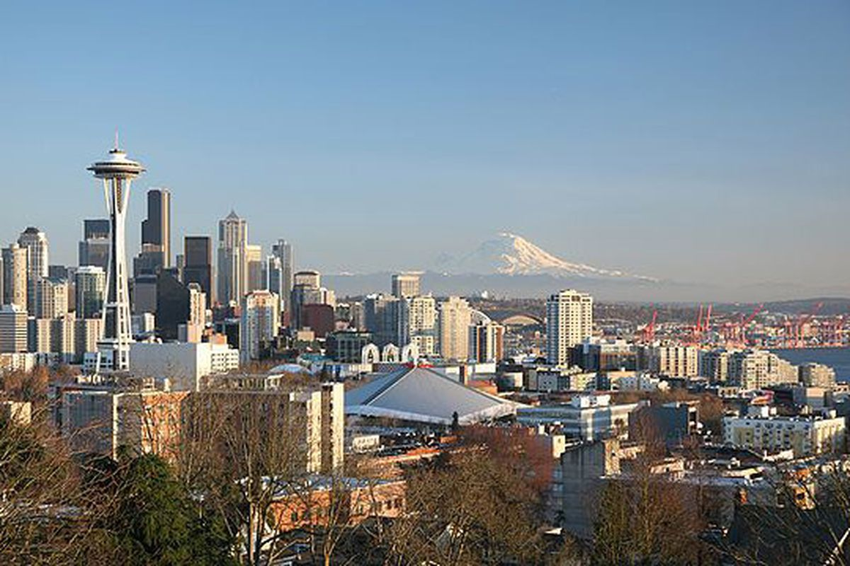 A view of downtown Seattle (Daniel Schwen via Wikimedia Commons)