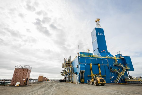 BP's Parker Rig 272, which is drilling into the Lisburne Reservoir at drill site L3 in Prudhoe Bay on Friday, May 22, 2015. (Loren Holmes / ADN)