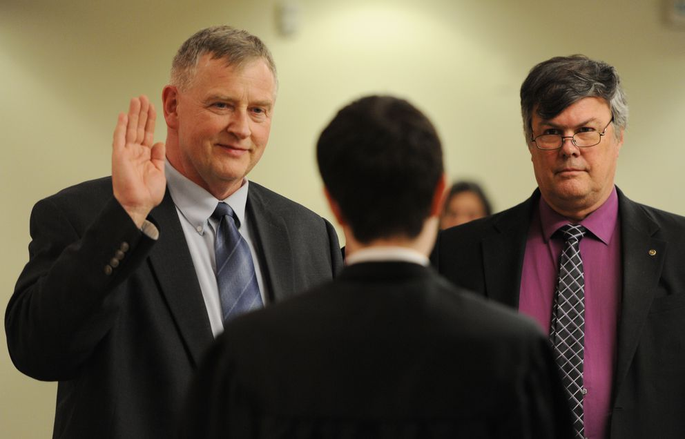 The Anchorage School Board welcomed two newly elected members on Monday, April 24, 2017: Dave Donley, a former Alaska state legislator, left, and Andy Holleman. (Bill Roth / ADN)