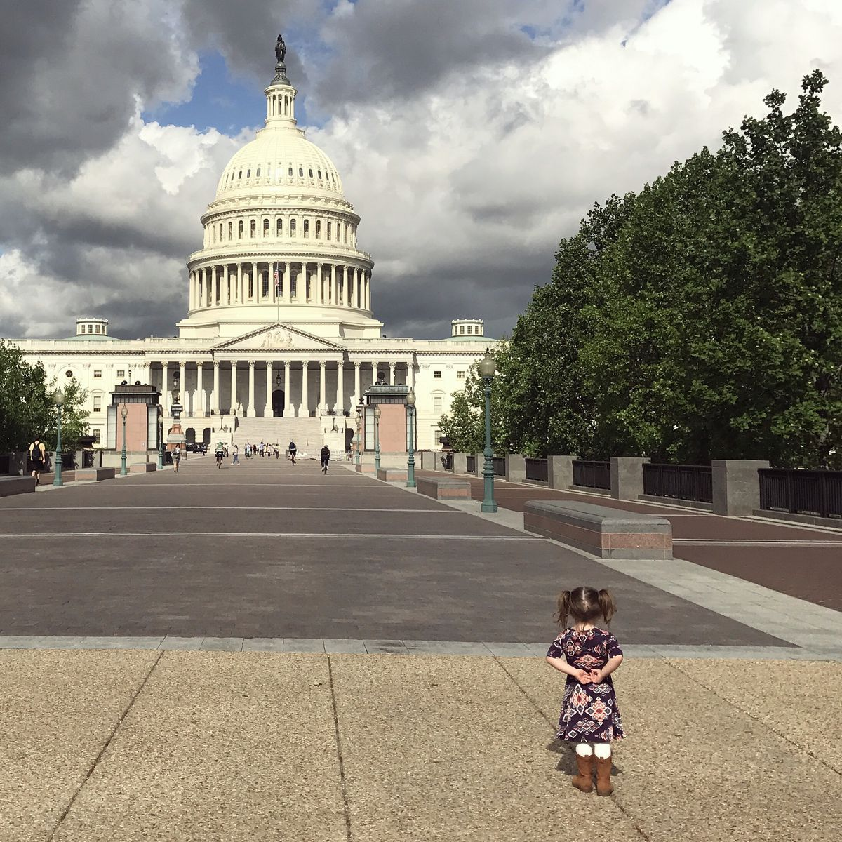 Lake Harvey, 2, stands before the U.S. Capitol in Washintgon, D.C., where she and her family participated in Strolling Thunder in May. (Photo courtesy Mackenzie Harvey)