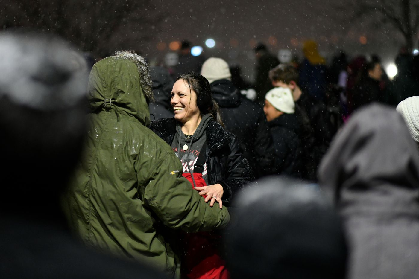 Partiers dance to the music. (Marc Lester / ADN)