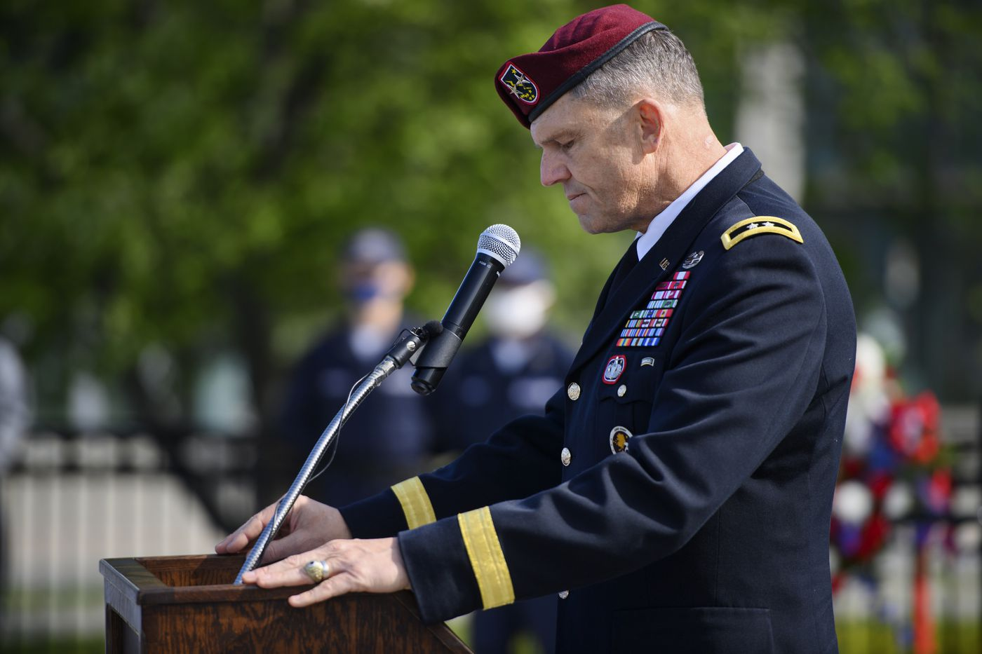 Maj. Gen. Peter Andrysiak, commanding general of the U.S. Army Alaska, gives the keynote speech at Anchorage's Memorial Day ceremony on the Delany Park Strip on May 31, 2021. (Marc Lester / ADN)