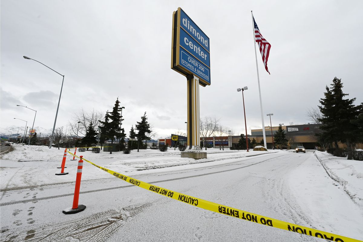 The Dimond Center mall in Anchorage was closed on Sunday, Jan. 17, 2021, due to a potential demonstration. (Bill Roth / ADN)
