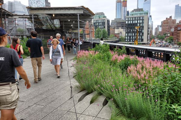 Walking the High Line in New York City: part garden, part performance space, part overlook. (Photo: Scott McMurren)