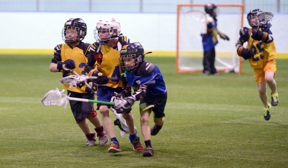 The 8 years old and under group practiced at Ben Boeke Arena May 30. (Anne Raup / ADN)
