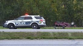5 people injured in rollover crash on Glenn Highway before Muldoon exit