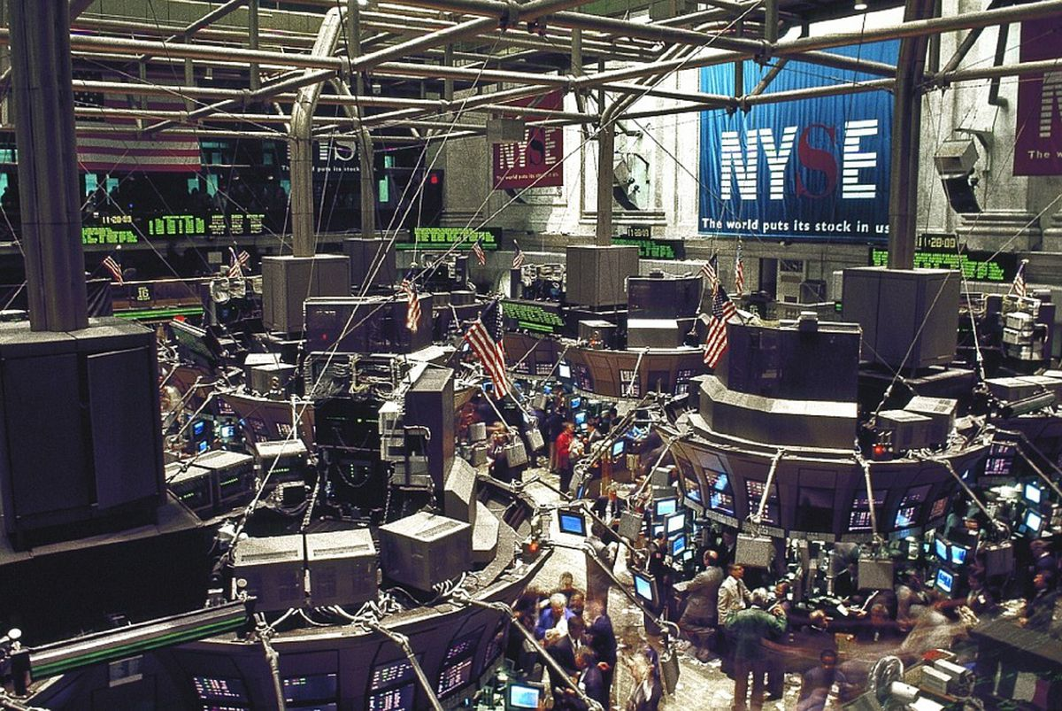 Trading floor at the New York Stock Exchange. (Pixabay)