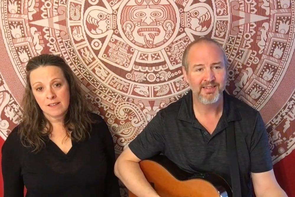 Natalie & Tim Tucker perform