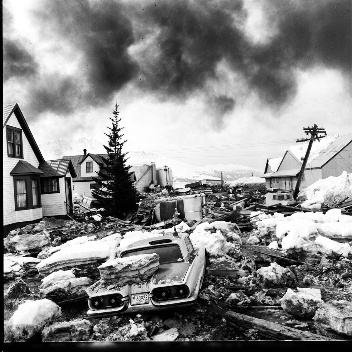 Valdez was devastated by the Great Alaska Earthquake in 1964. (Joe Rychetnik / Anchorage Times / ADN archive)