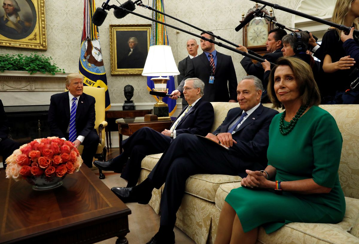 President Donald Trump, from left, meets with Senate Majority Leader Mitch McConnell, Senate Democratic Leader Chuck Schumer, House Minority Leader Nancy Pelosi and other congressional leaders in the Oval Office of the White House in Washington, U.S., September 6, 2017. (Kevin Lamarque / Reuters file)
