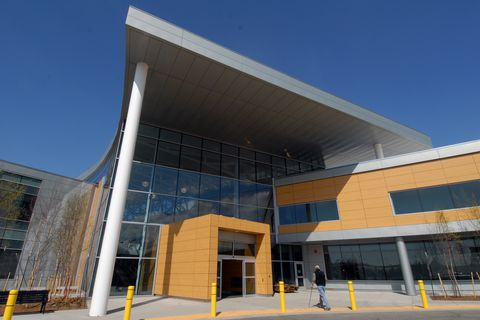 The Anchorage VA Outpatient Clinic and Anchorage Veterans Benefits Office at 1201 North Muldoon Road, located just outside the Muldoon entrance of Elmendorf Air Force Base, will open to see Veterans at 1 p.m. on Monday, May 10, 2010.