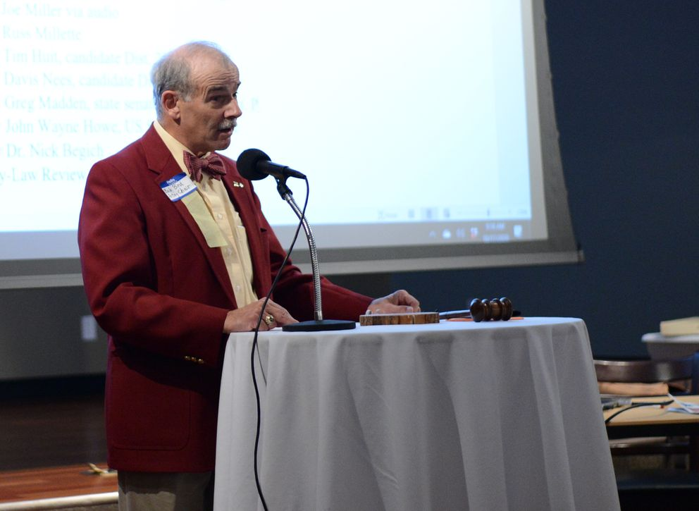 Bob Bird, chairman of the Alaskan Independence Party, opens the party convention Saturday, Oct. 17, 2020 at the Mat-Su Resort in Wasilla. (James Brooks / ADN)