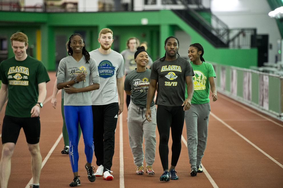UAA track and field athletes train at The Dome on January 11, 2018. (Marc Lester / ADN)